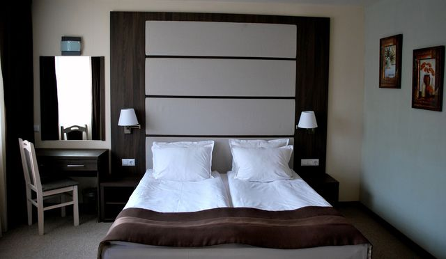 Õîòåëñêè Êîìïëåêñ Çàğà - double/twin room