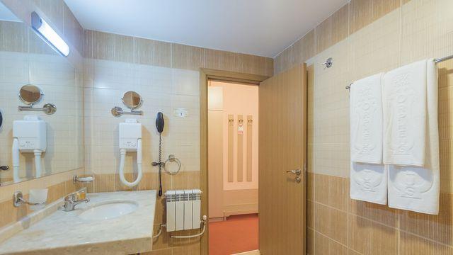 Orpheus Spa Hotel - triple room